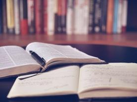 tradução de textos acadêmicos